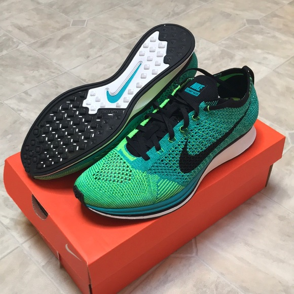 1eb1ac29f5bb NIKE Flyknit Racer in Turquoise Lucid Green. M 5bba3fe1bb7615e41308dbe1